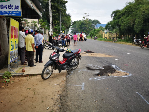 The accident scene is seen in this photo. Photo: Manh Kha / Tien Phong