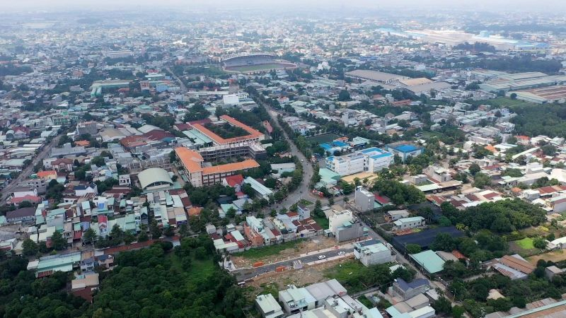 Land prices soar in HCM City's neighboring provinces