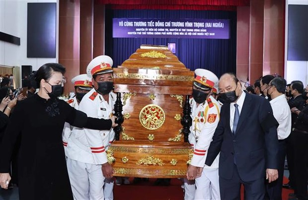 Memorial, burial ceremonies held for former Deputy PM Truong Vinh Trong hinh anh 1