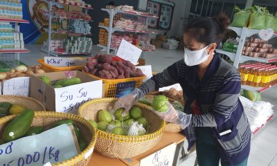 Free supermarkets help poor people survive COVID-19 pandemic in Ho Chi Minh City