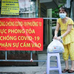 Ho Chi Minh City youths operate online market to assist residents in locked down areas